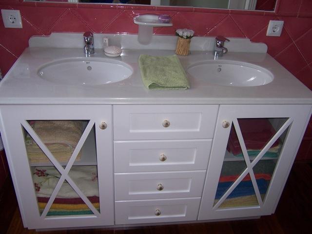 Muebles Para Baño En Wengue:muebles de baño en madera de suecia lacada en blanca y en wengue